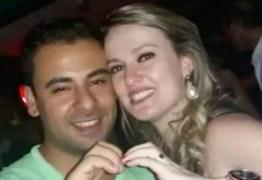 INACREDITÁVEL! Juíza manda soltar homem que assumiu ter matado esposa em briga por futebol