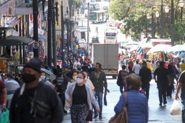 pandemia br - Caminho da morte: Brasil tem pico de óbitos e pior índice de isolamento social da pandemia