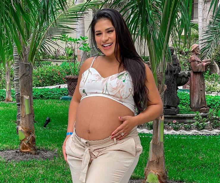 simone simaria 2 - Simone, dupla com Simaria, dá à luz Zaya, sua segunda filha, nos EUA