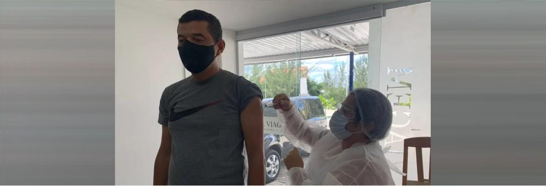 vacina coveiros - Coveiros e agentes funerários são vacinados contra Covid-19 em Campina Grande
