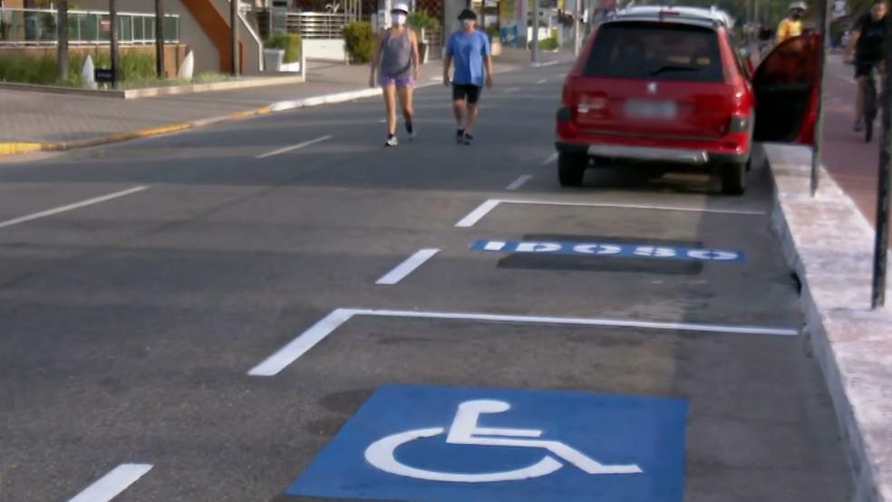 vagas especiais - Mais de 3 mil condutores são notificados em João Pessoa por estacionarem em vagas especiais