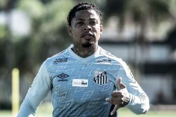 Atacante Marinho contrai a covid-19 e desfalca o Santos dias antes de jogo da Libertadores