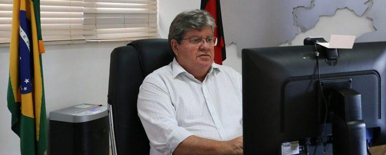 João critica pensamentos pequenos e mesquinhos de prefeitos paraibanos e garante coragem para tomar as medidas necessárias para salvar vidas