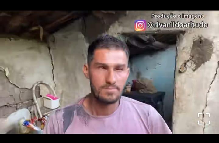 WhatsApp Image 2021 03 21 at 19.08.26 1 - Jovem paraibano vive em uma casa prestes a cair, sem roupa e sem comida; sua história é contada nas redes sociais em busca de ajuda - VEJA VÍDEO
