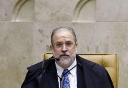 OAB envia pedido para que Aras que denuncie Bolsonaro por prevaricação e crimes contra saúde