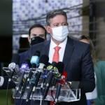 arthur lira - Arthur Lira anuncia que governo vai entregar 140 milhões de vacinas até maio