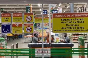 Covid-19: supermercado Atacadão é interditado por descumprir horário de fechamento