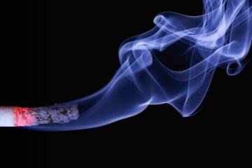 cigarro 1280x720 1 - ALERTA: Fumaça de cigarro pode agravar problemas de pacientes de Covid-19