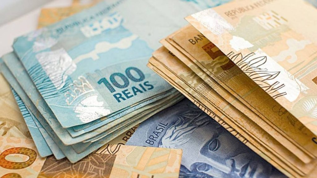 como o dinheiro e feito e como identificar nota falsa 1024x576 1 - Com aumento de incertezas, pessimismo com a economia já atinge estimativas para 2022