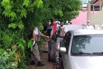 Homem com coronavírus é preso após passar a mão em maçaneta de carro no RS; VEJA VÍDEO
