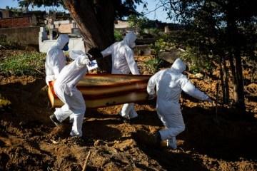 mo - COVID-19: Com 1.760 mortes em 24 h, Brasil tem 7 dias de recordes na média de óbitos