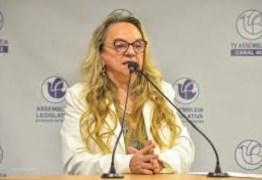 Drª Paula aponta colapso na Saúde por falta de anestésico para intubação e pede providência urgente ao governo federal para enfrentar a crise