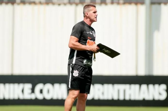 time - Corinthians cogita adiamento do Dérbi após surto de Covid-19