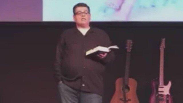 xblog pastor.jpg.pagespeed.ic .h7yVFE8y2J - Pastor é afastado após pedir que mulheres percam peso e se submetam a desejos sexuais dos maridos