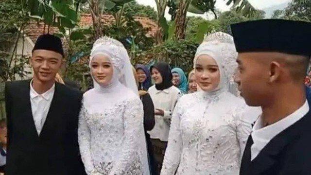 xblog twins.jpg.pagespeed.ic .5DGZ3Y1Z t - Gêmeos idênticos se casam com gêmeas idênticas, vão morar juntos e se confundem