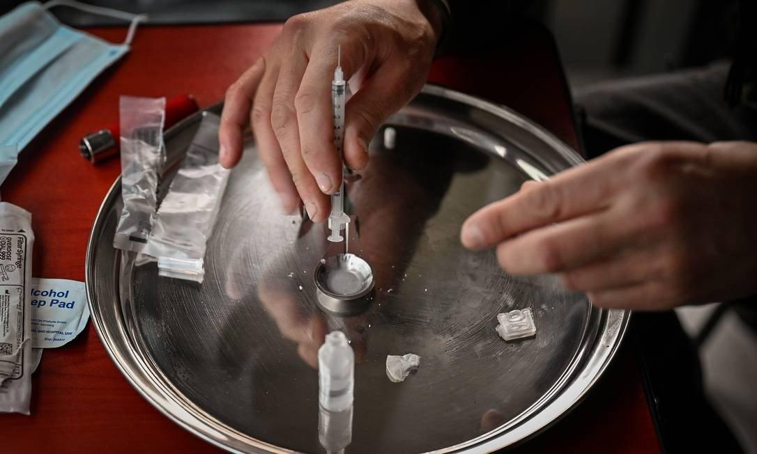 xcocaina.jpg.pagespeed.ic .E dtjG1y7r - Entidade pede que STF libere cocaína para combater Covid-19 com a injeção do gás da droga nos infectados