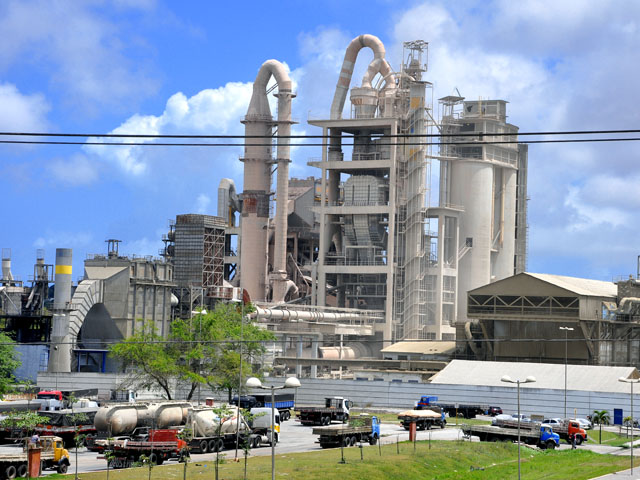 201607130301450000006849 - Maior fabricante de cimento do mundo, que tem unidade na Paraíba, planeja deixar o Brasil