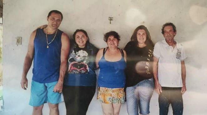 Capturarjf - FEMINICÍDIO: Para se vingar da ex, pai mata a filha autista e fere 4 familiares