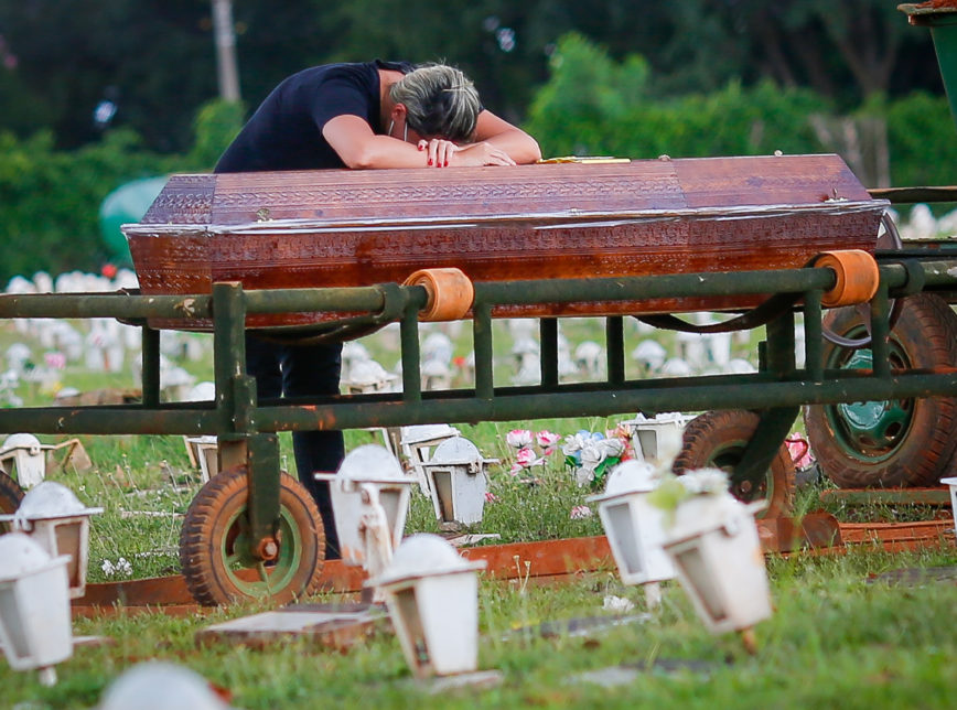 Covid19 Mortos Cocovid - Brasil tem 2.914 mortes por Covid-19 em 24 horas