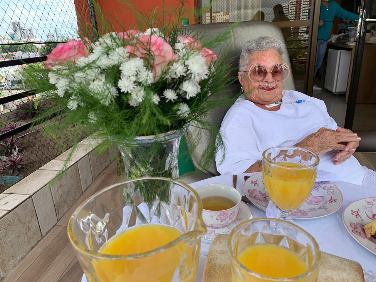 Dia do Desejo Paciente Francisca Menezes Sa Dona Amavel 3  - Unimed João Pessoa realiza pedidos especiais dos clientes no Dia do Desejo