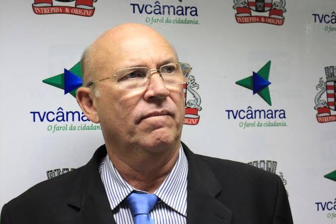 Dr. Luis Flavio - OS CAFUÇUS DA CÂMARA: conheça os vereadores que dão show no trabalho e chamam atenção com seus estilos