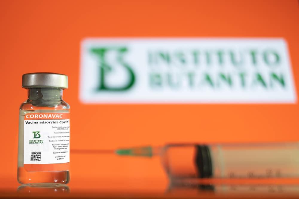 Rafael Serathiuk.Shutterstock - Justiça determina medidas para governos estadual, federal e PMJP garantirem 2ª dose de vacinas na PB - LEIA DOCUMENTO