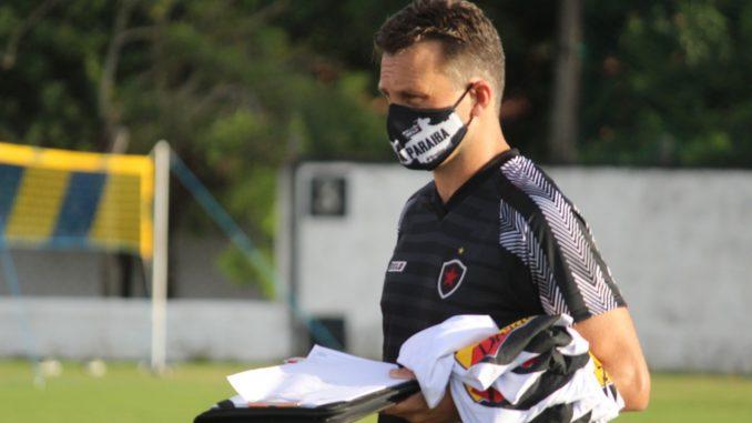 WhatsApp Image 2021 04 03 at 17.48.37 e1617729401769 678x381 1 - Gerson Gusmão elogia entrada de Sávio e vai avaliar elenco do Bota-PB antes de pedir reforços