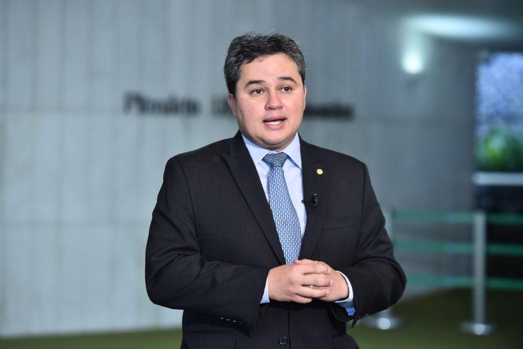 efraim filho 1024x684 1024x684 1 - Efraim Filho avalia reunião entre Cícero e Marcelo Queiroga e detalha agenda do ministro na Paraíba - CONFIRA