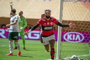 Nos pênaltis, Flamengo bate Palmeiras e conquista o bicampeonato da Supercopa do Brasil