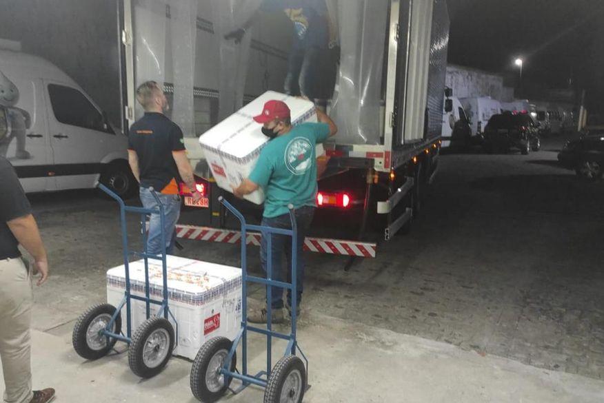 lote com 82 mil doses de vacinas contra covid 19 chega a paraiba 2 1 - IMUNIZAÇÃO: Lote com 82 mil doses de vacinas contra Covid-19 chega à Paraíba