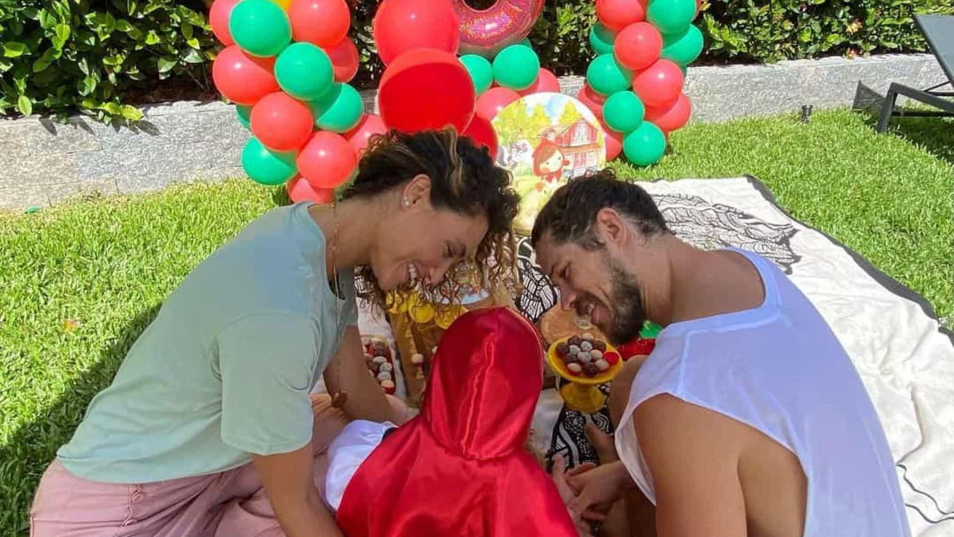 naom 60784139b59f4 1 - Débora Nascimento e José Loreto juntam-se para o aniversário da filha