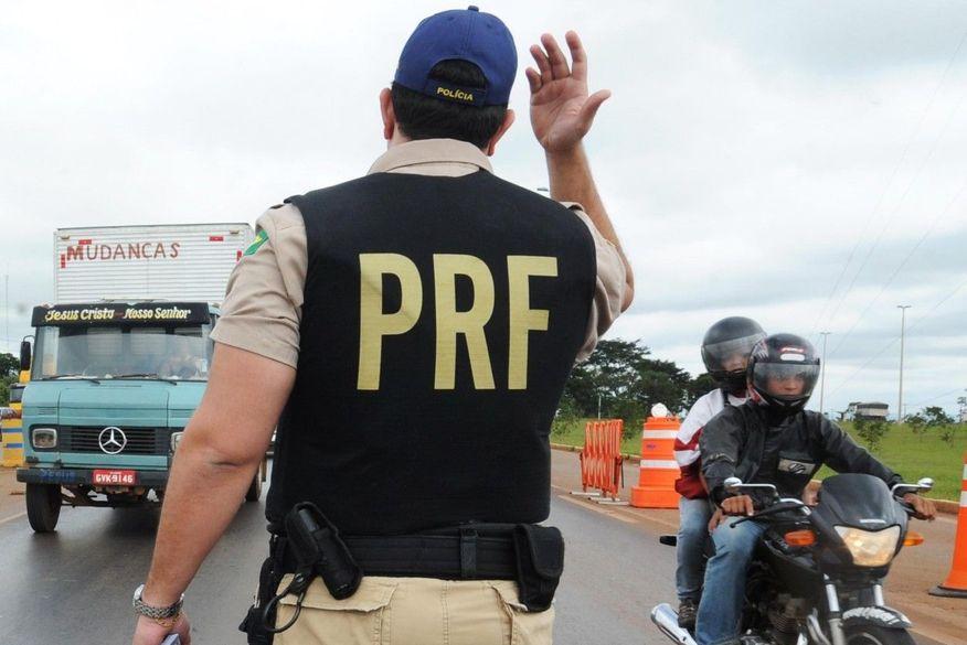 policia rodoviaria federal   prf - Concurso da PRF é mantido no dia 9 de maio; candidatos poderão acessar os locais de prova no site