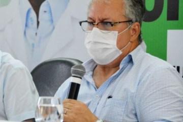 Vacinação em João Pessoa foi interrompida por falta de doses, afirma secretário