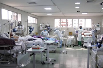 sus - SUS recebe remédios do 'kit intubação' em mandarim e entidades pedem tradução para evitar erros