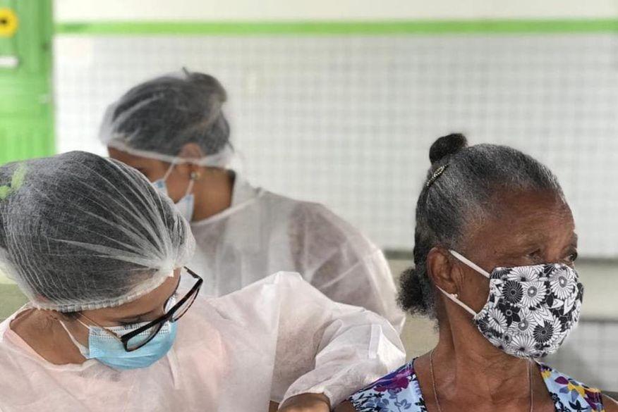 vacinacao cg - Campina Grande suspende vacinação contra Covid-19 nesta sexta-feira