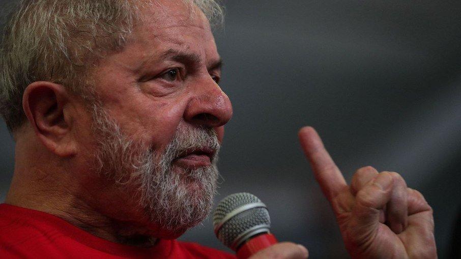 0qzvg1fcjw3uizamnhm0wh0zf - Lula participa de debate sobre ações bem-sucedidas contra desigualdade social