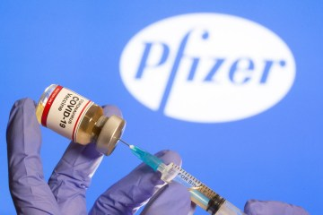 2020 11 09t151944z 2 lynxmpega815v rtroptp 4 saude corona reinounido pfizer encomenda - Covid-19: PB recebe nesta quinta (24) quase 114 mil doses de vacinas