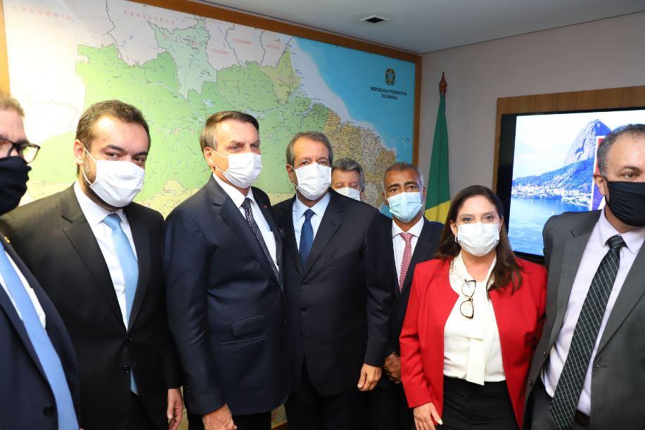 Capturar.JPGjj  - Cláudio Castro se filia ao PL em cerimônia com a presença de Bolsonaro, em Brasília