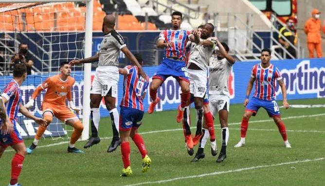 Capturar.JPGyy  - Após o título do Bahia, jogadores protagonizam pancadaria generalizada na Arena Castelão - VEJA VÍDEO