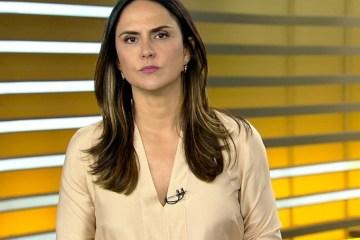 EYJS1GdXgAAt yM e1614996816261 - Record demite por e-mail a apresentadora Carla Cecato