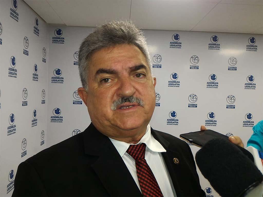 Joao Goncalves - ELES BOMBAM NAS REDES! Deputados estaduais da PB fazem sucesso na internet; bolsonaristas são os mais seguidos - VEJA