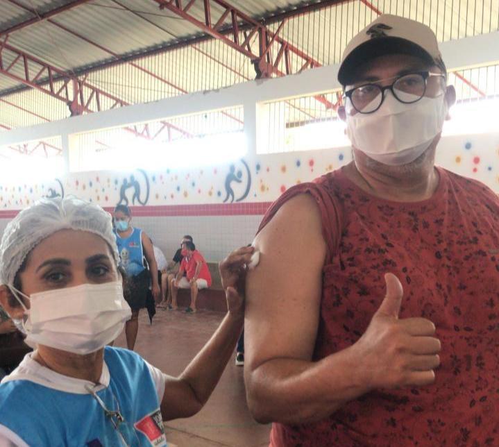 WhatsApp Image 2021 05 03 at 10.38.29 e1620049814290 - Vereador Marcílio recebe 1ª dose da vacina contra a Covid-19