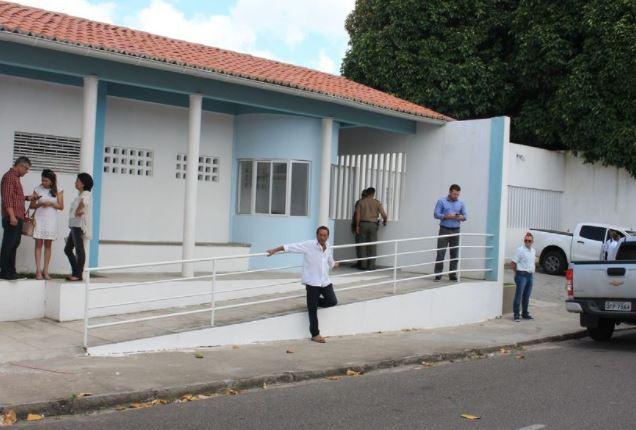 centro - Adolescente morto em rebelião no Centro Socioeducativo de Mangabeira estava algemado e com várias perfurações, afirma Perícia