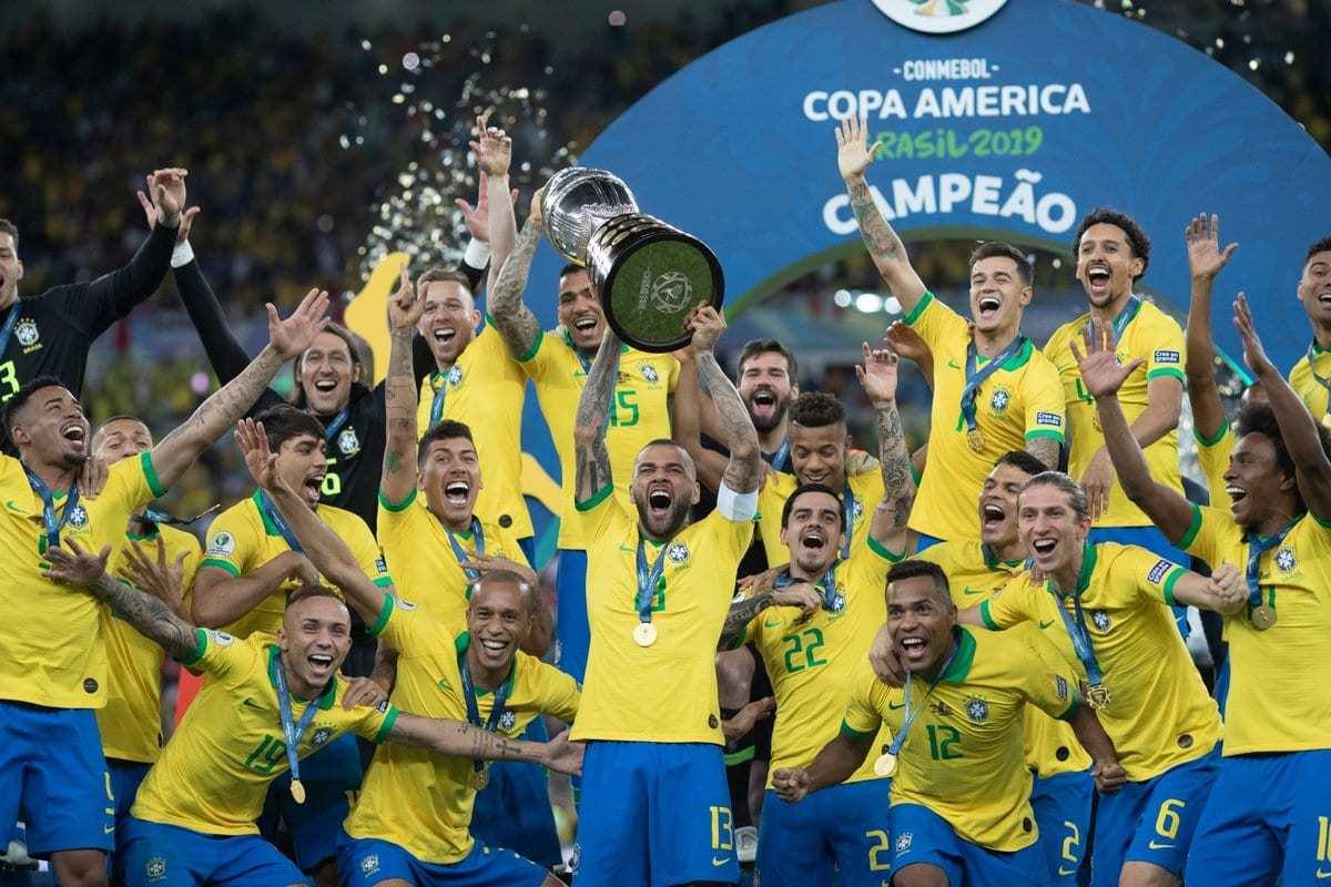 """copa america 30052021233439624 - """"NÃO É O MOMENTO"""": Com quase 2 mil mortes por dia, especialistas criticam a decisão da Conmebol em sediar a Copa América no Brasil"""