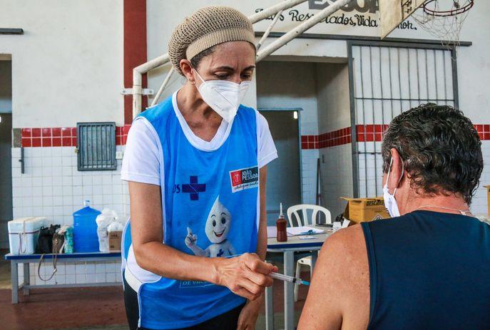 csm vacina em JP 522bbd9f26 - IMUNIZAÇÃO: Saiba quem pode ser vacinado contra a Covid-19 nesta quarta-feira em João Pessoa