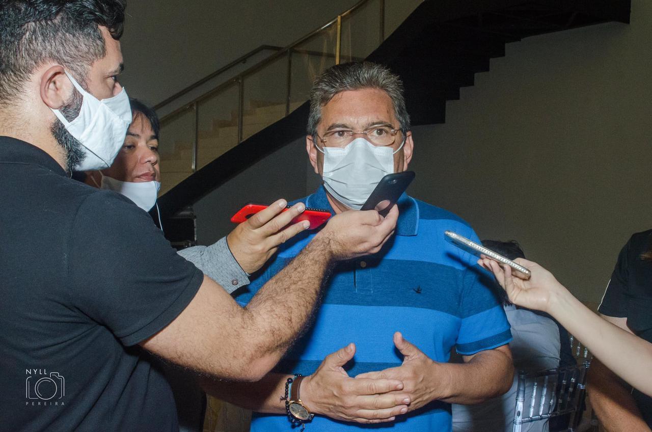 galdino - Adriano Galdino alerta prefeitos sobre avanço da Covid-19 no interior do Estado