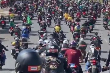 motoata bolsonaro - Bolsonaro faz 'motociata' em homenagem às mães em Brasília; VEJA VÍDEO