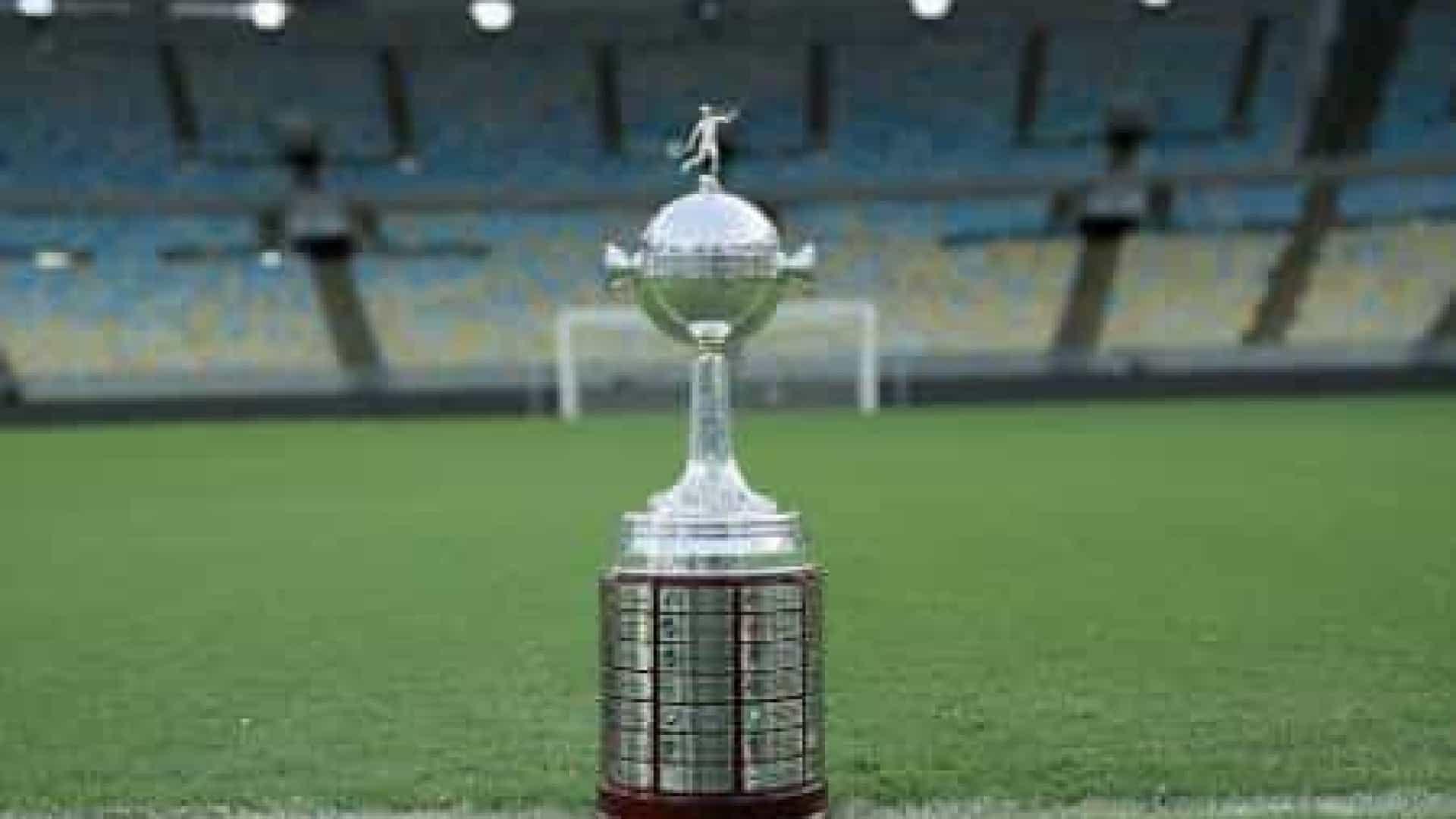 naom 601557f28aa94 - Libertadores terá pela 1ª vez em quarteto de arbitragem feminino