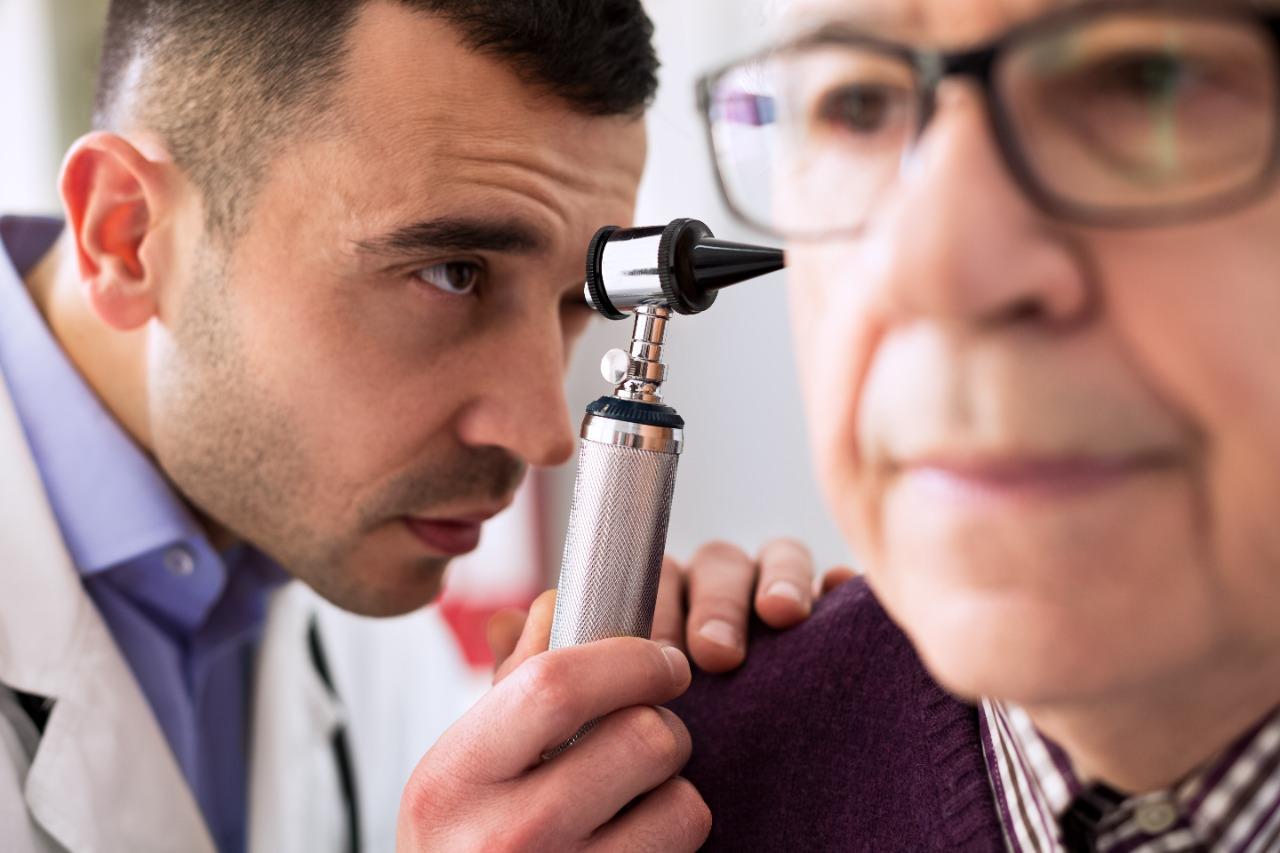 otorrino - Conheça as causas e saiba como prevenir a dor de ouvido