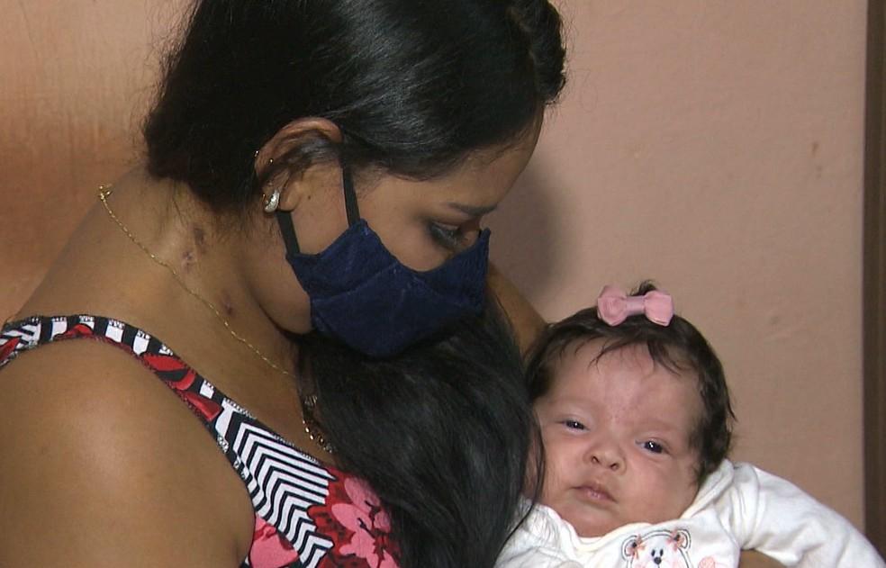 rafaela sofia - MILAGRE! Mulher dá à luz intubada, conhece filha após um mês e vai passar Dia das Mães em casa com a família